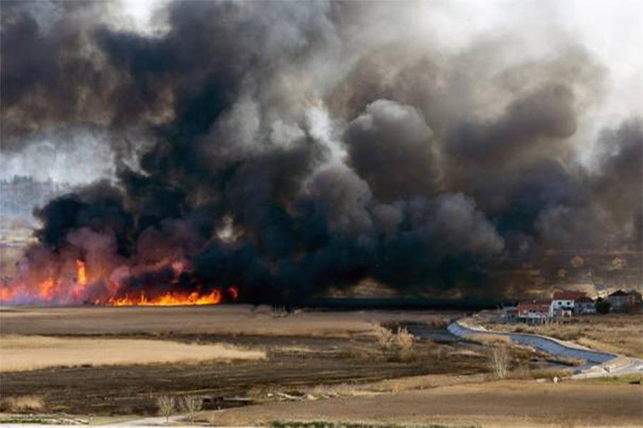 Požar u dolini rijeke Neretve